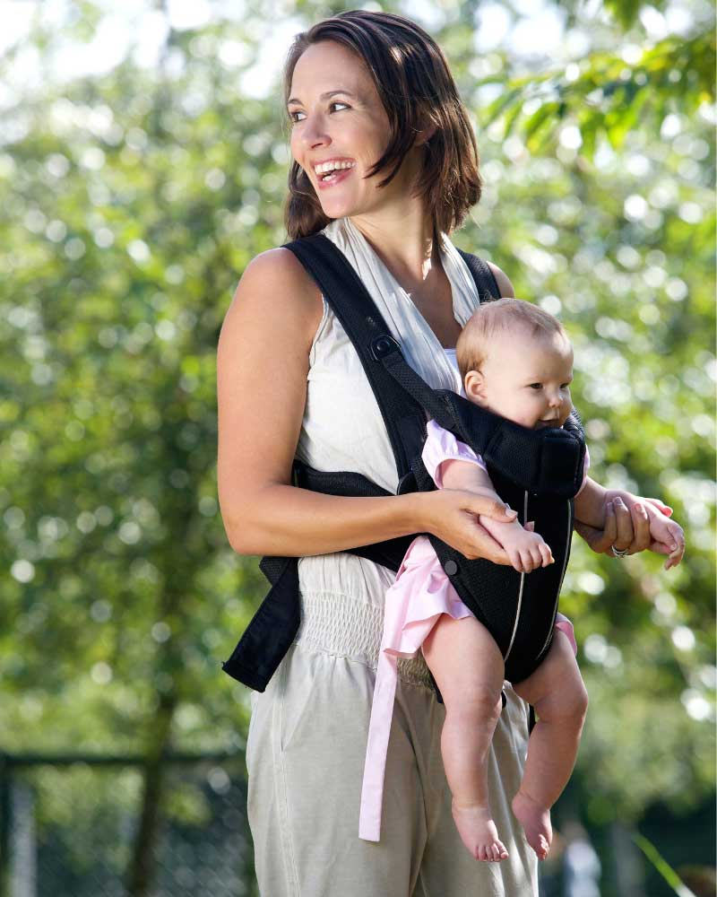 nošenje bebe u kenguru