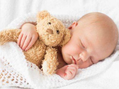 položaj za spavanje bebe