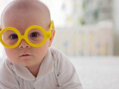 kada beba počinje da vidi